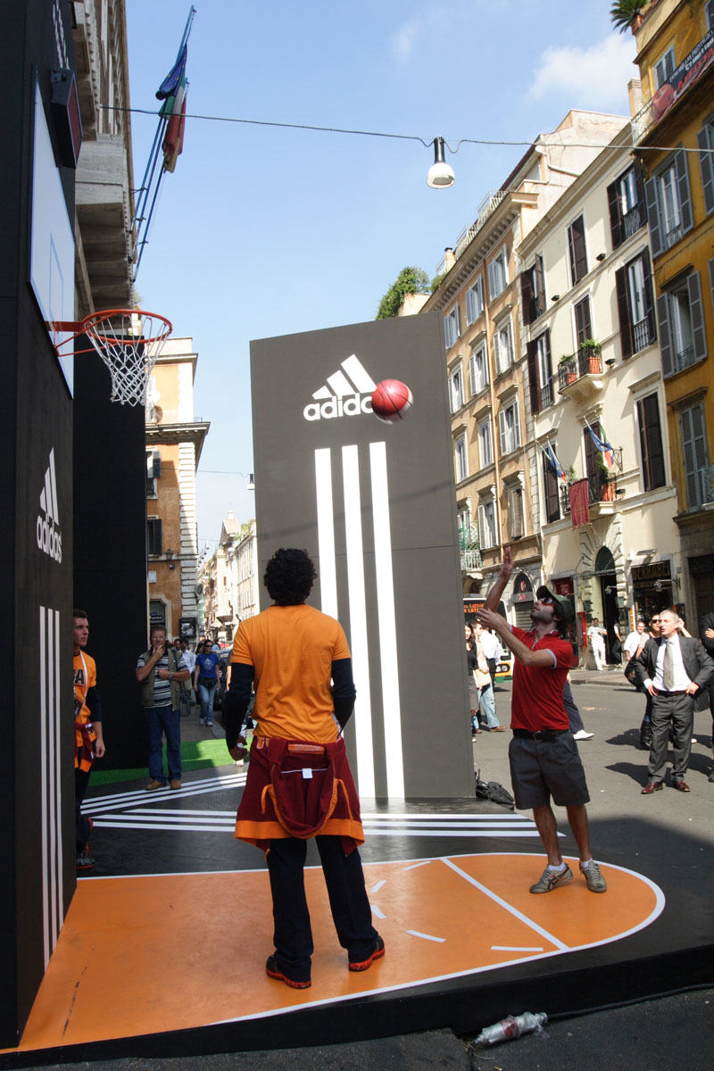 The Line Above 'N' Below Adidas Un canestro per il basket a Roma 04