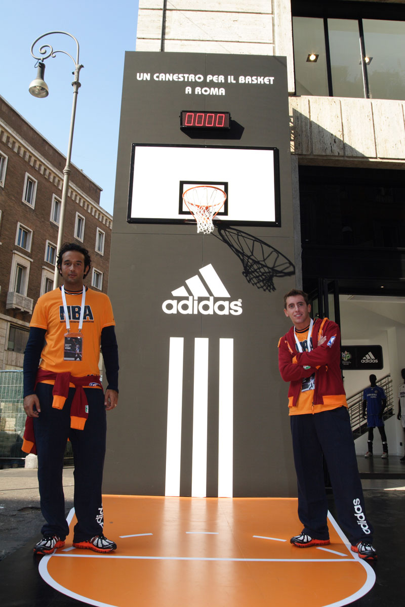 The Line Above 'N' Below Adidas Un canestro per il basket a Roma 08