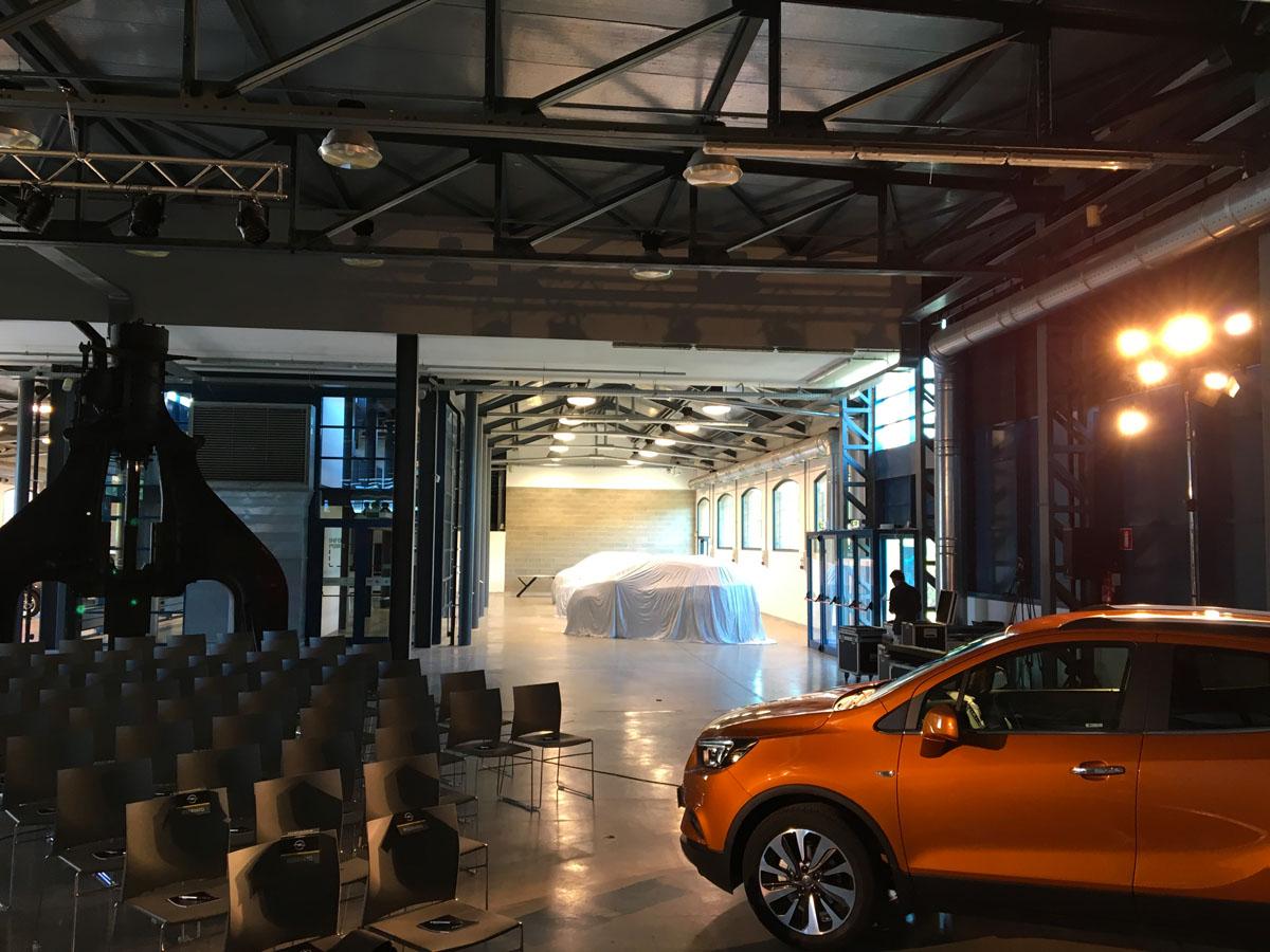 The Line Above 'N' Below Opel Business Dealer Meeting 02