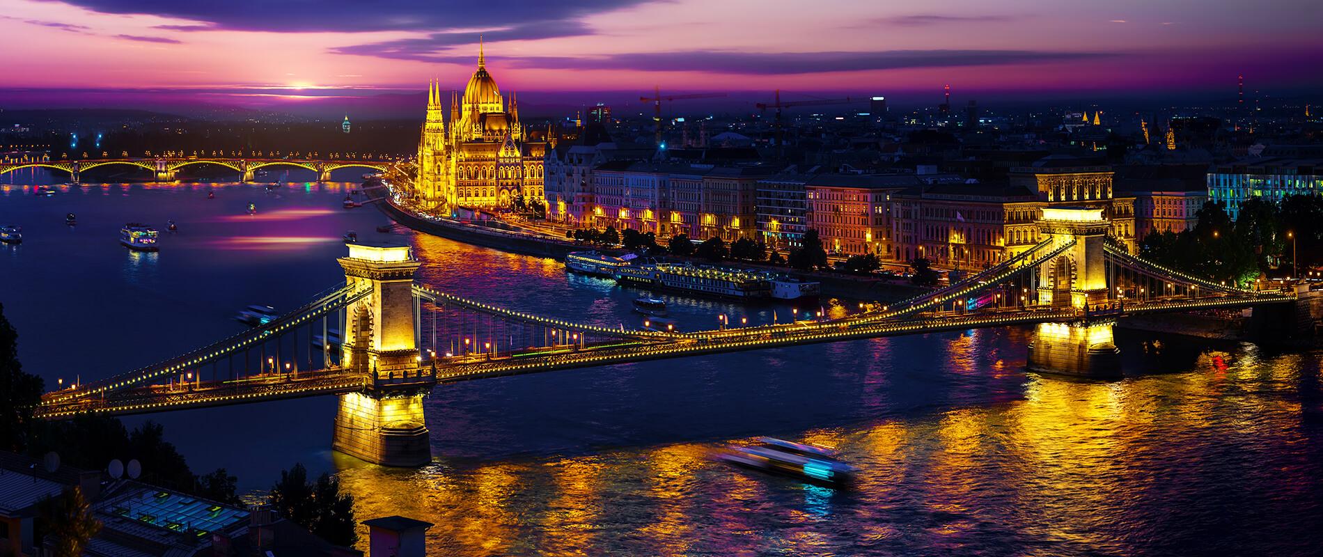 Ponte delle Catene Budapest COVER